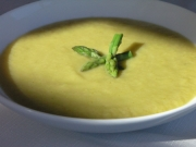 Intense Asparagus Soup With Truffle Oil